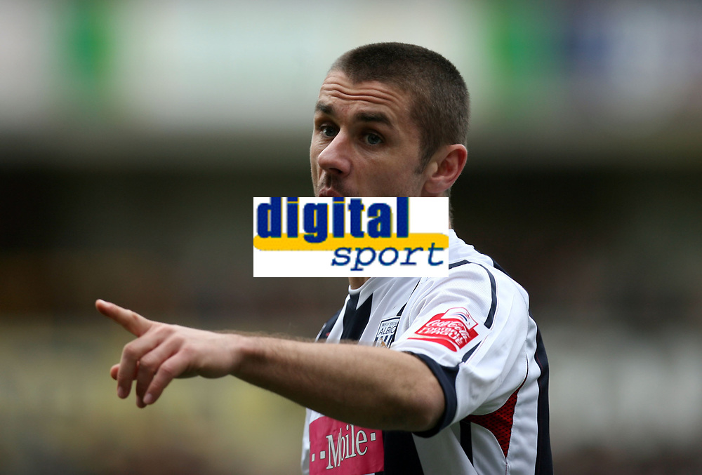 Photo: Rich Eaton.<br /> <br /> Wolverhampton Wanderers v West Bromwich Albion. The FA Cup. 28/01/2007. West Broms Kevin Phillips celebrates scoring early in the first half to make the score 2-0 and tell Uriah Rennie, not pic'd his celebrations were okay
