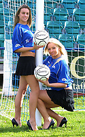 Photo: Dave Linney.<br />Chasetown v Oldham Athletic. The FA Cup. 06/11/2005.<br />Becki Jones/Left & Kerry Parkes prepare to cheer on Chasetown in the FA Cup on Sunday.