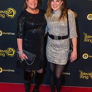 NLD/Amsterdam/20191009 - Uitreiking Gouden Televizier Ring Gala 2019, Xandra Brood- Jansen met dochter Lola Brood