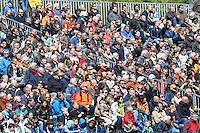 BLOEMENDAAL - HOCKEY - publiek tijdens de play offs hoofdklasse hockeywedstrijd tussen de mannen van Bloemendaal en Rotterdam (1-4) . Rotterdam door naar de finale. FOTO KOEN SUYK