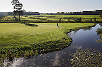 BEETSTERZWAAG -   Hole 4 , Golf & Country Club Lauswolt .  Copyright Koen Suyk