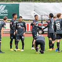 07.10.2020, wohninvest Weserstadion Platz 11, Bremen, GER, FSP SV WERDER BREMEN  vs 1. FC St. Pauli<br /> <br /> im Bild / picture shows <br /> <br /> Mannschaftskreis <br /> Christian Groß / Gross (Werder Bremen #36)<br /> Theodor Gebre Selassie (Werder Bremen #23)<br /> Leonardo Bittencourt  (Werder Bremen #10)<br /> Felix Agu (Werder Bremen / Neuzugang 17)<br /> Tahith Chong (Werder Bremen #22)<br /> Joshua Sargent (Werder Bremen #19)<br /> Ilia Gruev (Werder Bremen #28)<br /> Romano Schmid (Werder Bremen 20)<br /> Kevin Möhwald / Moehwald (Werder Bremen #06)<br /> <br /> Foto © nordphoto / Kokenge