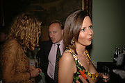 Andrew Roberts and Susan Gilchrist, Book launch of 'A Much Married Man' by Nicholas Coleridge. English Speaking Union. London. 4 May 2006. ONE TIME USE ONLY - DO NOT ARCHIVE  © Copyright Photograph by Dafydd Jones 66 Stockwell Park Rd. London SW9 0DA Tel 020 7733 0108 www.dafjones.com