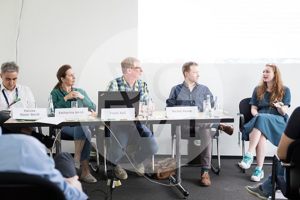 DEUTSCHLAND - HAMBURG - Veranstaltung 'So wenig? So viel?' an der netzwerk recherche e.V. Jahreskonferenz 2019 - 14. Juni 2019 © Raphael Hünerfauth - http://huenerfauth.ch