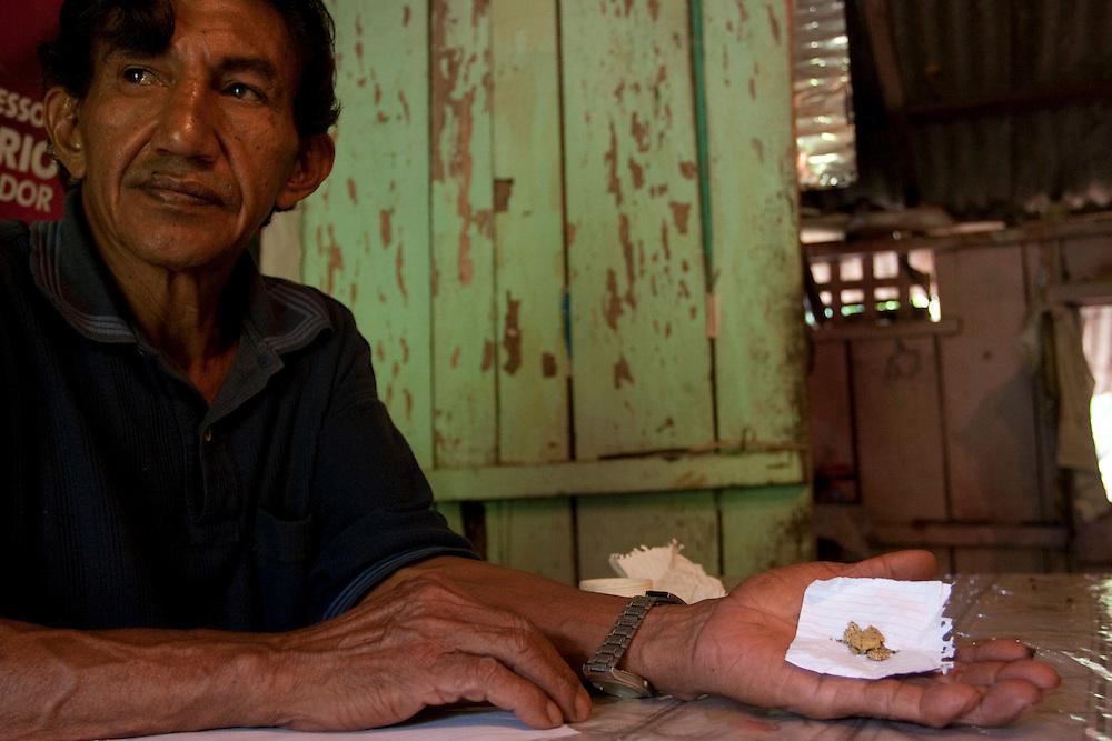Curionopolis (Serra Pelada) _ PA, 11 Novembro de 2006..Retratos de ex garimpeiros da Serra Pelada....Foto: BRUNO MAGALHAES / AGENCIA NITRO