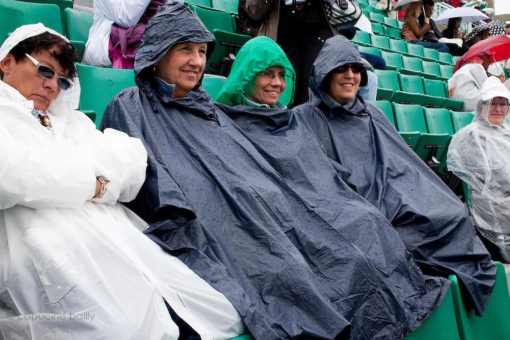 Roland Garros. Paris, France. 27 Mai 2010..Les matchs sont interrompus par la pluie...Roland Garros. Paris, France. May 27th 2010..Rain interrupts matches..