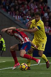 October 28, 2017 - Madrid, Spain - Saul (L) and Mario (R)..Draw at 1 in Wanda Metropolitano stadium. (Credit Image: © Jorge Gonzalez/Pacific Press via ZUMA Wire)
