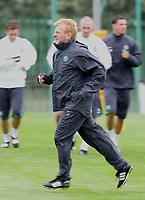 Fotball<br /> Skottland 2005/2006<br /> Foto: SBI/Digitalsport<br /> NORWAY ONLY<br /> <br /> Celtic training at Barrowfield as manager Gordon Strachan prepares for his first game in the Scottish Premier League<br /> <br /> Friday July 29th. 2005