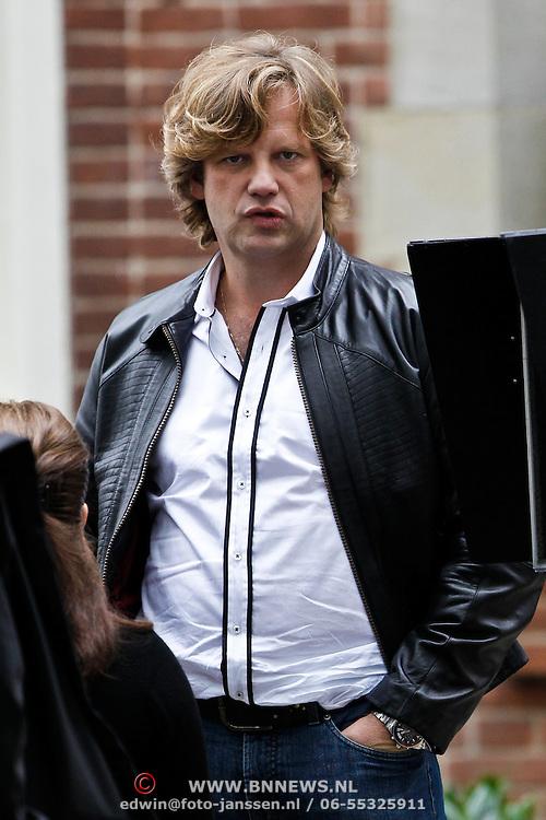 NLD/Hilversum/20101002 - Opname bij school in Hilversum van de Goische Vrouwen film, Peter Paul Muller