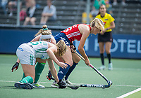 AMSTELVEEN -   Lily Owsley (Eng) met Naomi Carroll (Ier) en Sarah Hawkshaw (Ier)   tijdens de wedstrijd dames , Ierland-Engeland (1-5) bij het  EK hockey , Eurohockey 2021.COPYRIGHT KOEN SUYK