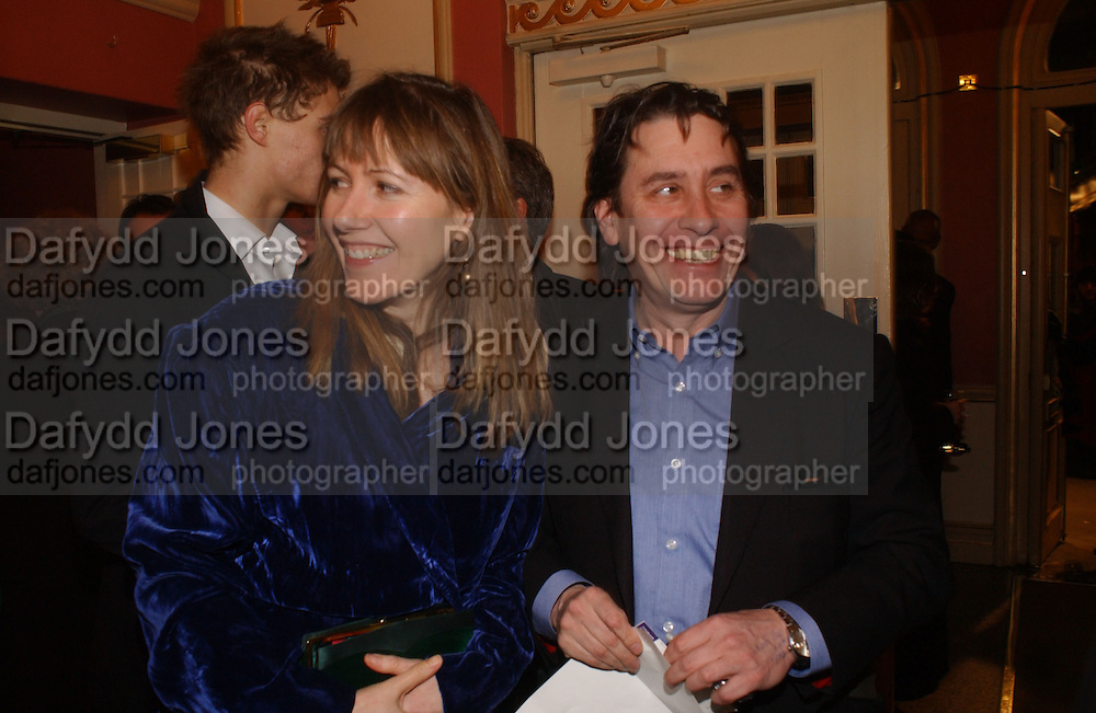MR. AND MRS. JOOLS HOLLAND. Opening night of Embers, Duke of York's theatre. St. Martin's Lane. London. 1 March 2006. ONE TIME USE ONLY - DO NOT ARCHIVE  © Copyright Photograph by Dafydd Jones 66 Stockwell Park Rd. London SW9 0DA Tel 020 7733 0108 www.dafjones.com