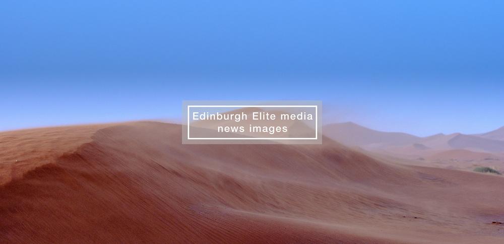 Sand blowing off the dunes in the Morroccan Sahara desert<br /> <br /> (c) Andrew Wilson   Edinburgh Elite media