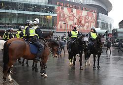 18 November 2017 London : Premier League Football : Arsenal v Tottenham Hotspur mounted police outside the Emirates Stadium :(photo by Mark Leech)
