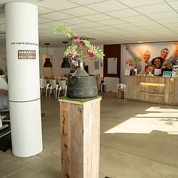 08-05-2020: Nieuws: Corona maatregelen en gevolgen: Nederland<br /> <br /> Sportscholen bereiden zich voor om open te gaan. De Corpus Milon clubs in Twente plaatsen schermen tussen de toestellen