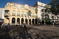 EDIFICIO EN LA PLAZA 9 DE JULIO, CIUDAD DE SALTA, PROV. DE SALTA, ARGENTINA