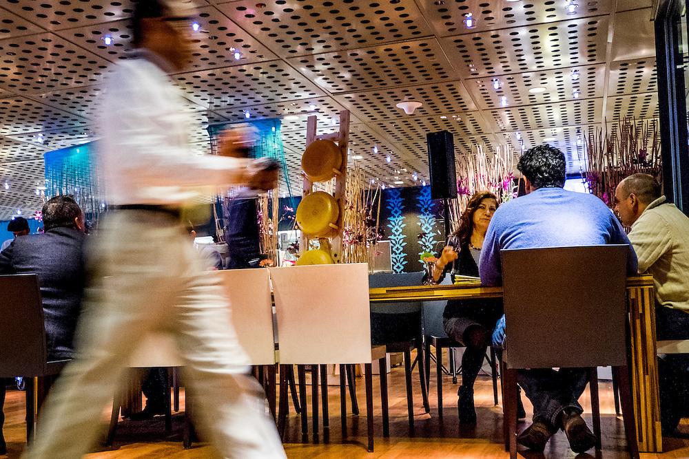 Nederland, Amsterdam, 11 feb 2015<br /> Rai. Restaurant waar veel zakelijke lunches worden genuttigd. <br /> <br /> Foto: (c) Michiel Wijnbergh