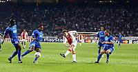 Fotball<br /> Champions League 2004/05<br /> Ajax v Amsterdam<br /> 15. september 2004<br /> Foto: Digitalsport<br /> NORWAY ONLY<br /> nicolae mitea haalt uit , thuram , emerson en birindelli kijken toe