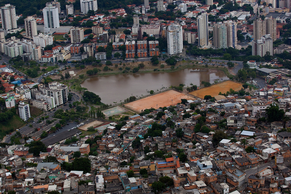 Belo Horizonte_MG, Brasil...Barragem Santa Lucia em Belo Horizonte, Minas Gerais...Barragem Santa Lucia in Belo Horizonte, Minas Gerais...Foto: BRUNO MAGALHAES / NITRO