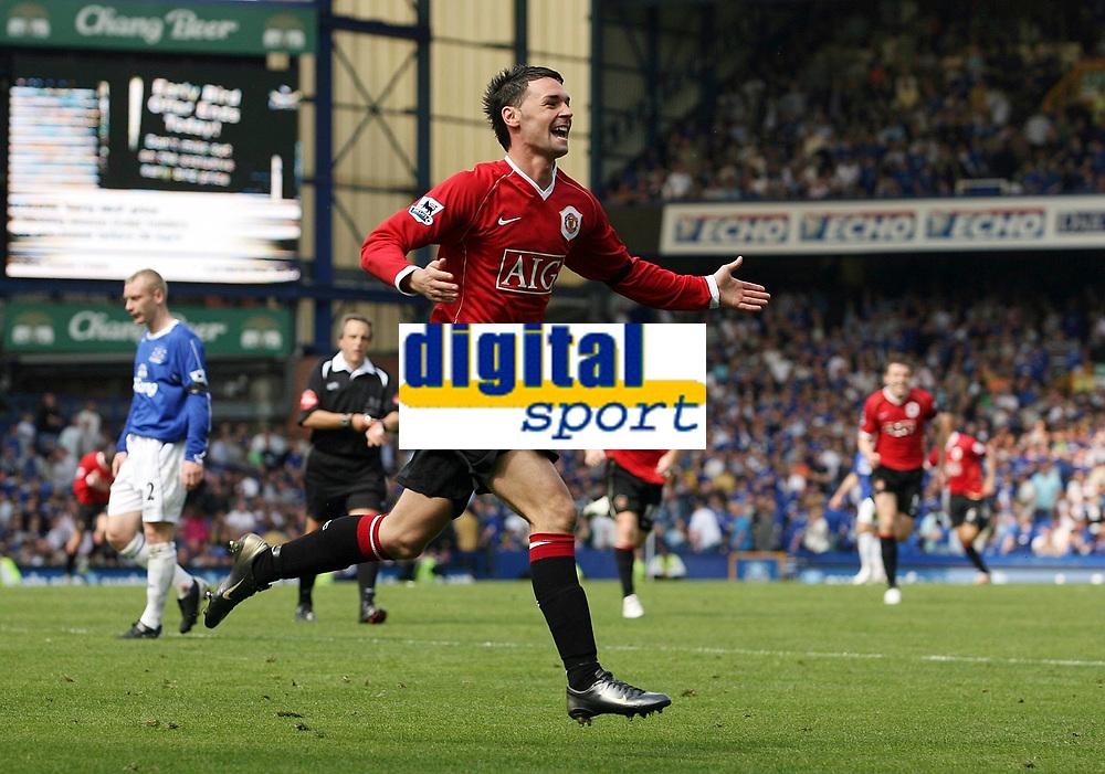 Photo: Paul Thomas.<br /> Everton v Manchester United. The Barclays Premiership. 28/04/2007.<br /> <br /> Chris Eagles celebrates Utd's fourth goal.