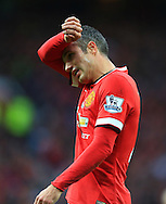 Robin van Persie of Manchester United looks dejected - Manchester United vs. Crystal Palace - Barclay's Premier League - Old Trafford - Manchester - 08/11/2014 Pic Philip Oldham/Sportimage
