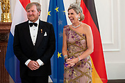 BERLIJN, 05-07-2021,  Schloss Bellevue<br /> <br /> Koning Willem Alexander en Koningin Maxima tijdens het Staatsbezoek aan Duitsland. Het bezoek aan Berlijn vormt de afronding van een reeks deelstaatbezoeken die het Koninklijk Paar sinds 2013 aan Duitsland heeft gebracht. <br /> <br /> King Willem Alexander and Queen Maxima during the state visit to Germany. The visit to Berlin concludes a series of state visits that the Royal Couple has made to Germany since 2013. FOTO: Brunopress/Patrick van Emst<br /> <br /> Op de foto / On the photo: Staatsbanket in Schloss Bellevue, waar beide staatshoofden een toespraak hebben gehouden / State banquet in Schloss Bellevue, where both heads of state delivered a speech