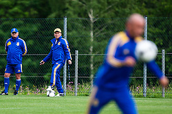 31.05.2012, Sportplatz, Walchsee, AUT, UEFA EURO 2012, Trainingscamp, Ukraine, Training, im Bild Oleg Blokhin, (UKR, Trainer) // Oleg Blokhin, (UKR, Trainer) during a Trainingssession of Ukraine National Footballteam for preparation UEFA EURO 2012 at the Stadium, Walchsee, Austria on 2012/05/31. EXPA Pictures © 2012, PhotoCredit: EXPA/ Juergen Feichter