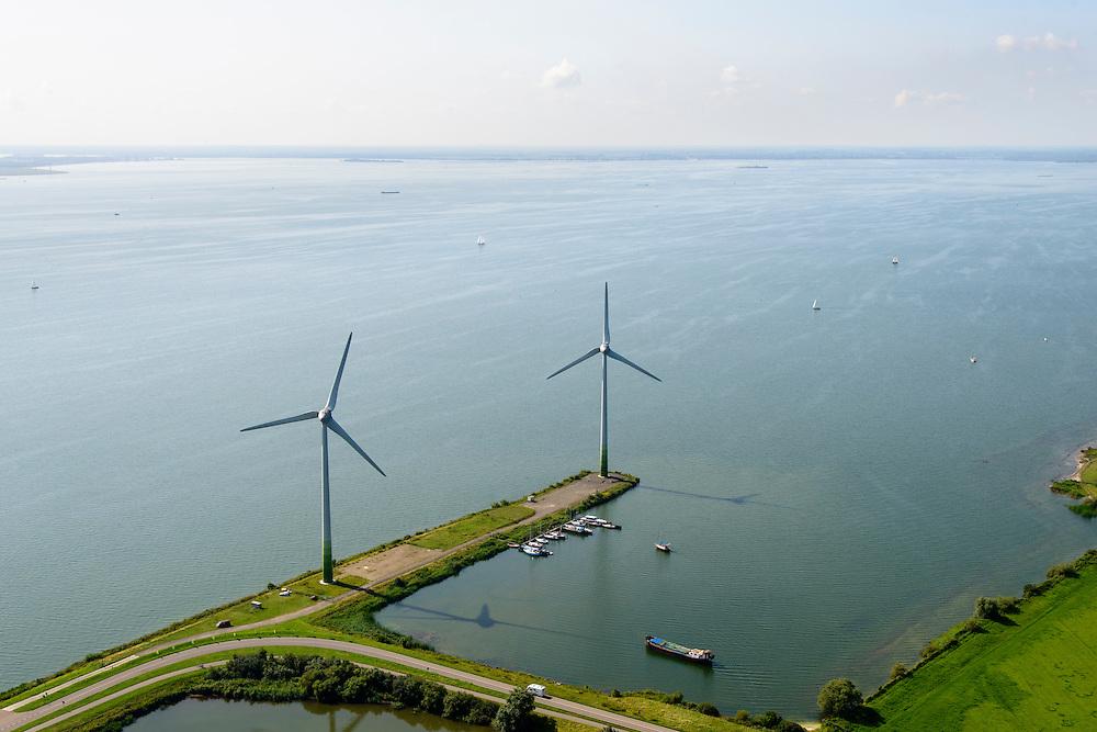Nederland, Noord-Holland, Amsterdam, 05-08-2014; Waterland. Windmolens op de Waterlandse Zeedijk (Uitdammerdijk) en IJsselmeer richting Almere,<br /> <br /> Waterland with (former) seawalll, near Amsterdam. IJssel lake.<br /> luchtfoto (toeslag op standard tarieven);<br /> aerial photo (additional fee required);<br /> copyright foto/photo Siebe Swart