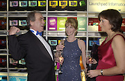 Gerald Scarfe and Jane Asher. Fundraising dinner in aid of Tommy's Campaign, Bloomberg Space. © Copyright Photograph by Dafydd Jones 66 Stockwell Park Rd. London SW9 0DA Tel 020 7733 0108 www.dafjones.com