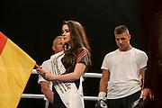 Boxen: Agon Boxgala, EBU EU-Meisterschaft,  Supermittelgewicht, Schwerin, 15.06.2019<br /> Tyron Zeuge (GER) - Adan Silvera (ESP)<br /> © Torsten Helmke