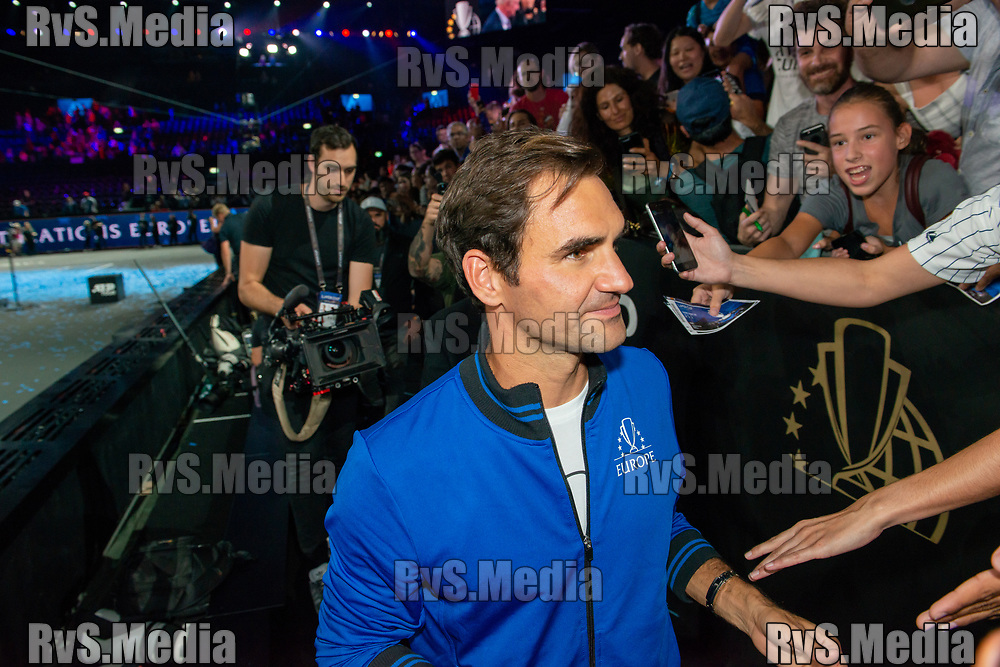 GENEVA, SWITZERLAND - SEPTEMBER 22: Roger Federer of Team Europe signs the autographs during Day 3 of the Laver Cup 2019 at Palexpo on September 20, 2019 in Geneva, Switzerland. The Laver Cup will see six players from the rest of the World competing against their counterparts from Europe. Team World is captained by John McEnroe and Team Europe is captained by Bjorn Borg. The tournament runs from September 20-22. (Photo by Robert Hradil/RvS.Media)