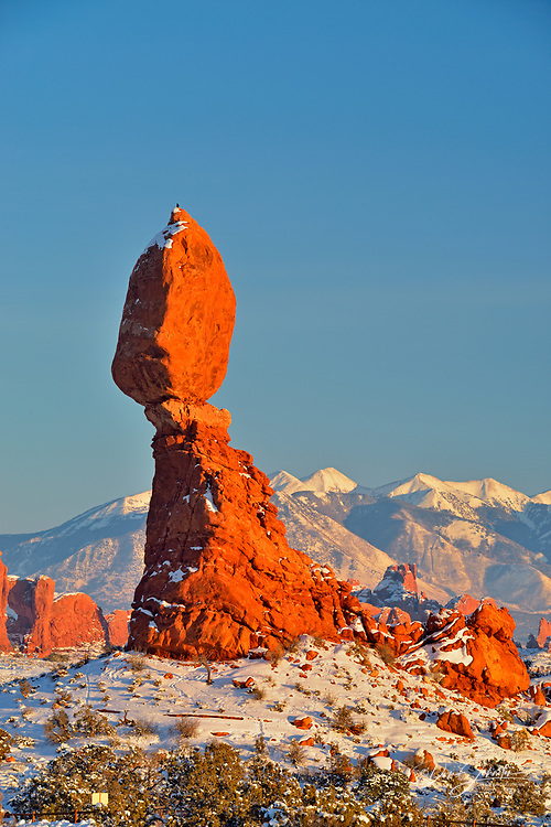 Balanced Rock with fresh snow, Arches National Park, Utah, USA