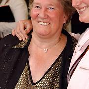 NLD/Amsterdam/20050704 - Premiere Sleeping Beauty on Ice, Sjoukje Dijkstra en dochter Katja