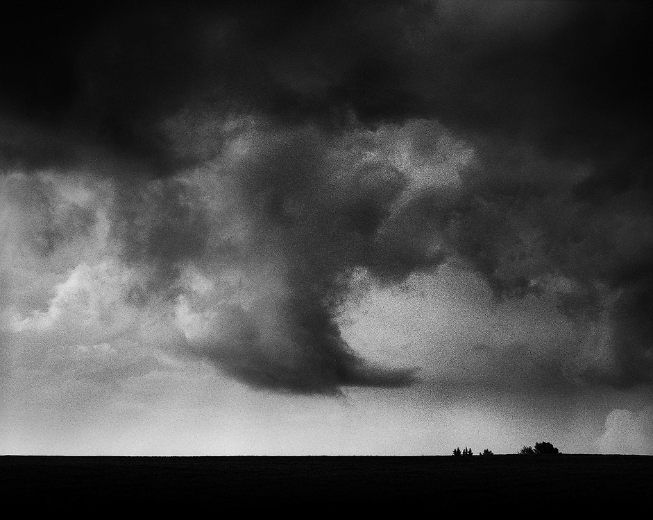 Turbulent inflow of a storm