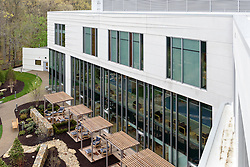 Yale-New Haven Health Park Avenue Medical Center. Architect: Shepley Bulfinch. Contractor: Gilbane Building Company, Glastonbury, CT. James R Anderson Photography, New Haven CT photog.com. Date of Photograph 4 May 2016  Submission 25  © James R Anderson. West Elevation from Rooftop.