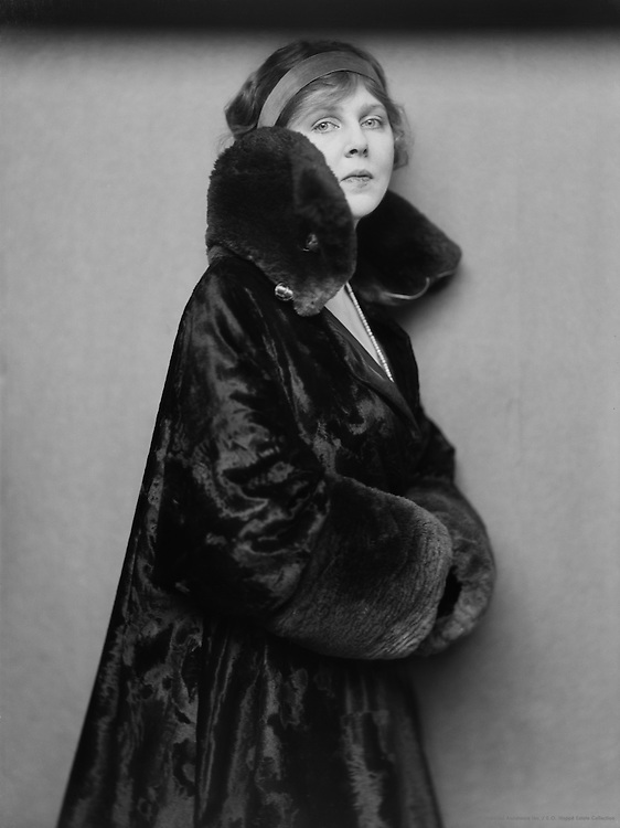 Lady Diana Manners (Lady Diana Duff Cooper), actress and socialite, 1916