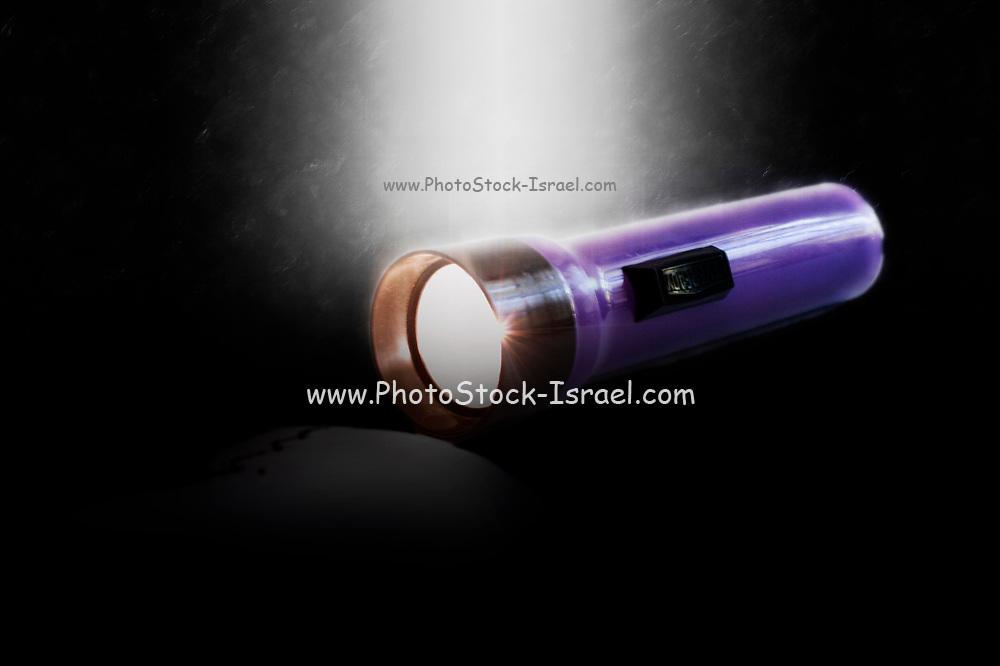 Digitally enhanced image of a single Flash light