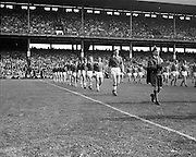 07/09/1969<br /> 09/07/1969<br /> 7 September 1969<br /> All-Ireland Senior Hurling Final: Kilkenny v Cork at Croke Park, Dublin.  <br /> Cork team on the left and Kilkenny team on the right.