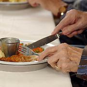Bejaardentehuis Vooranker Huizen, eten, bewoners