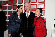MARGARETH HENRIQUEZ; CHARLES SAUMERAZ-SMITH; LADY AMANDA HARLECH, THE LAUNCH OF THE KRUG HAPPINESS EXHIBITION AT THE ROYAL ACADEMY, London. 12 December 2011.