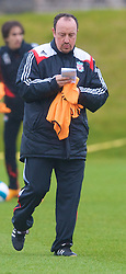 LIVERPOOL, ENGLAND - Thursday, March 20, 2008: Liverpool's manager Rafael Benitez training at Melwood ahead of the Premiership clash with Manchester United on Easter Sunday. (Photo by David Rawcliffe/Propaganda)