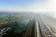 Nederland, Noord-Holland, Gemeente Schoorl, 14-02-2017; Camperduin, Hondsbossche en Pettemer Zeewering. De zeewering bij de kust van Callantsoog was een van de Zwakke Schakels in de kust, om de dijk te beschermen is er door middel van zandsuppletie een strand met neiuwe duinen aangebracht voor de dijk. Project Kust op kracht van het Hoogheemraadschap Hollands Noorderkwartier.<br /> Foto in Zuidelijke richting, naar Schoorl.<br /> Camperduin, Hondsbossch and Petten dam. The seawall is one of the weak links in the coast. To protect the dike, sand nourishment has been used to create a protecting beach.<br /> luchtfoto (toeslag op standard tarieven);<br /> aerial photo (additional fee required);<br /> copyright foto/photo Siebe Swart