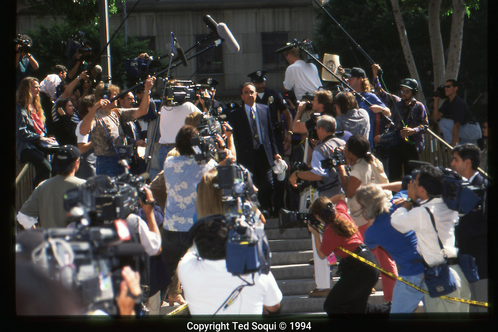 The OJ Simpson trial and media circus.<br /> OJ Simpson's lawyer Robert Shapiro arriving to the Criminal courthouse.