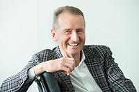 30 MAR 2020, WOLFSBURG/GERMANY:<br /> Herbert Diess, Vorstandsvorsitzender Volkswagen AG, nach einem Interview, VW Konzernzentrale<br /> IMAGE: 20200330-01-065