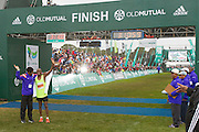 Images captured during the 2015 Old Mutual Two Oceans 56km Ultra Marathon. Image by Greg Beadle