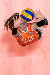 29-05-2019 NED: Volleyball Nations League Netherlands - Bulgaria, Apeldoorn<br /> Sarah van Aalen #26 of Netherlands