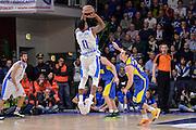 DESCRIZIONE : Eurolega Euroleague 2015/16 Group D Dinamo Banco di Sardegna Sassari - Maccabi Fox Tel Aviv<br /> GIOCATORE : MarQuez Haynes<br /> CATEGORIA : Tiro Tre Punti Three Point Controcampo<br /> SQUADRA : Dinamo Banco di Sardegna Sassari<br /> EVENTO : Eurolega Euroleague 2015/2016<br /> GARA : Dinamo Banco di Sardegna Sassari - Maccabi Fox Tel Aviv<br /> DATA : 03/12/2015<br /> SPORT : Pallacanestro <br /> AUTORE : Agenzia Ciamillo-Castoria/L.Canu