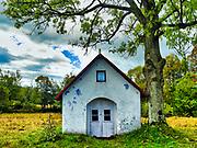 Blechnarka, 30-09-2019 założona w XVI wieku wieś w Polsce położona w województwie małopolskim, w powiecie gorlickim, w gminie Uście Gorlickie. Leży na Ropą dopływem Wisłoki. To mała wieś koło Wysowej w Beskidzie Niskim. Liczy obecnie około 50 mieszkańców, a większość to Łemkowie. Przed wojną była to duża wieś, licząca prawie 100 zagród. Nazwa wsi pochodzi od słowa blechnar, oznaczającego prawdopodobnie rzemieślnika bielącego surowe płótno. Przydrożna kapliczka.