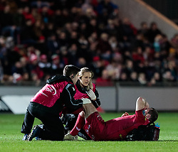 Scarlets' Ken Owens receives medical attention<br /> <br /> Photographer Simon King/Replay Images<br /> <br /> European Rugby Champions Cup Round 6 - Scarlets v Toulon - Saturday 20th January 2018 - Parc Y Scarlets - Llanelli<br /> <br /> World Copyright © Replay Images . All rights reserved. info@replayimages.co.uk - http://replayimages.co.uk