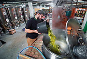 Nederland, Nijmegen, 12-1-2020Bierbrouwerij Nevel brouwt met alleen Gelderse ingrdienten . Het vroegere fabriekscomplex van de Honig fabriek. De gemeente wilde het fabrieksterrein gebruiken voor woningbouw, nieuwbouw woningen. Door de crisis op de woningmarkt is dit plan uitgesteld en is het voor een aantal jaren aangewezen als een broedplaats en smeltkroes voor culturele en creatieve activiteiten en ondernemingen . Ook horeca zoals restaurant de Meesterproef en bierbrouwer Oersoep. De Nevel mag nog twee jaar hier zitten waarna de gemeente hier woningbouw gaat plegen.Foto: Flip Franssen