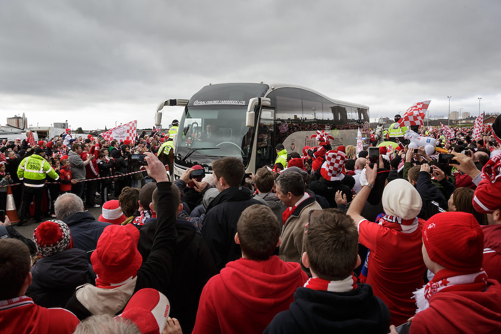 Scottish League Cup Final Aberdeen V Inverness CT at Parkhead on Sunday, 16th of March 2014, Aberdeen Scotland.<br /> Pictured: AFC Team Bus arrives at Parkhead<br /> (Photo Ross Johnston/Newsline Scotland)